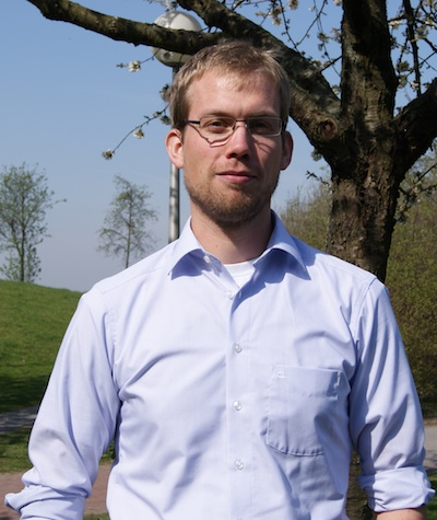 [Picture of Florian Schröder]